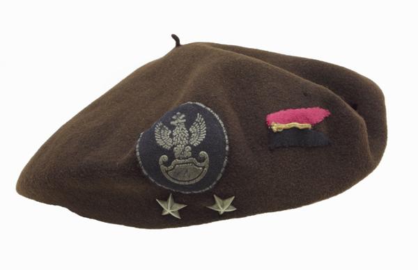 Beret francuski porucznika Bogdana Garlińskiego