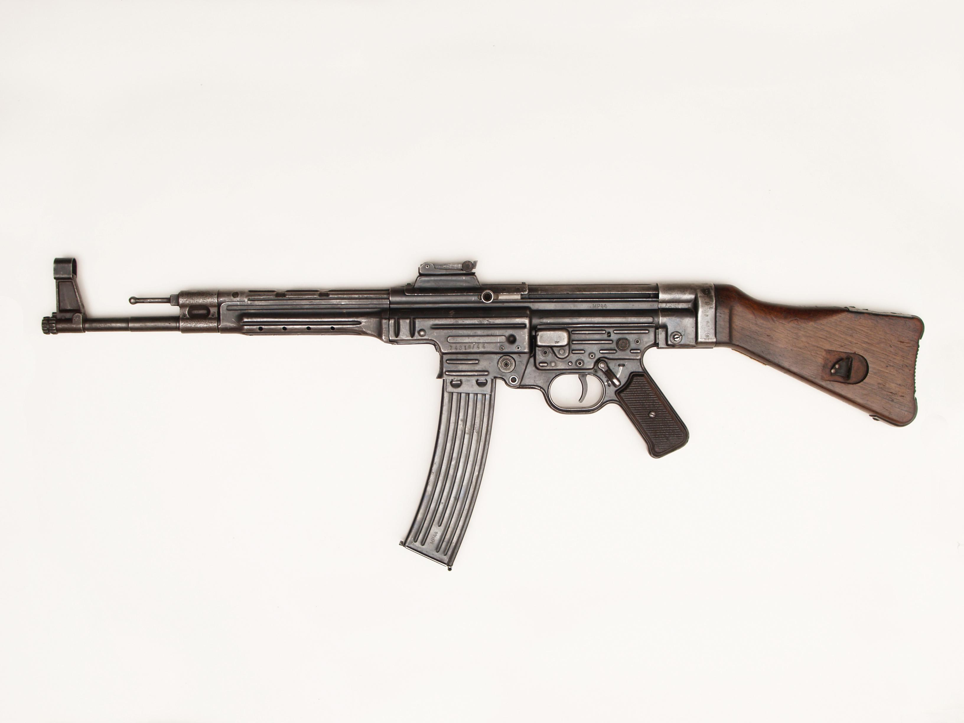 Karabin automatyczny Sturmgewehr 44