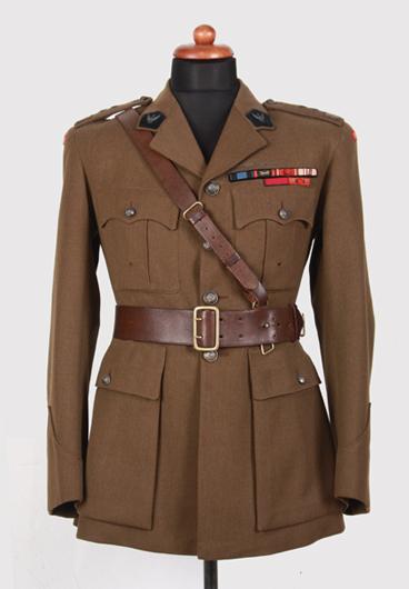 Kurtka mundurowa typu brytyjskiego generała dywizji Janusza Głuchowskiego