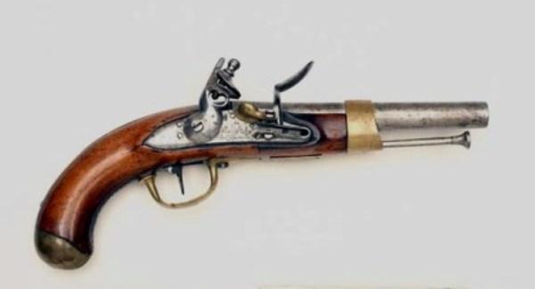 Pistolet AN XIII