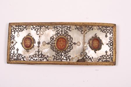 Pokrywa do ładownicy z początku XVIII wieku