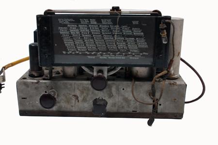 Radioodbiornik ze słuchawkami z oflagu w Murnau