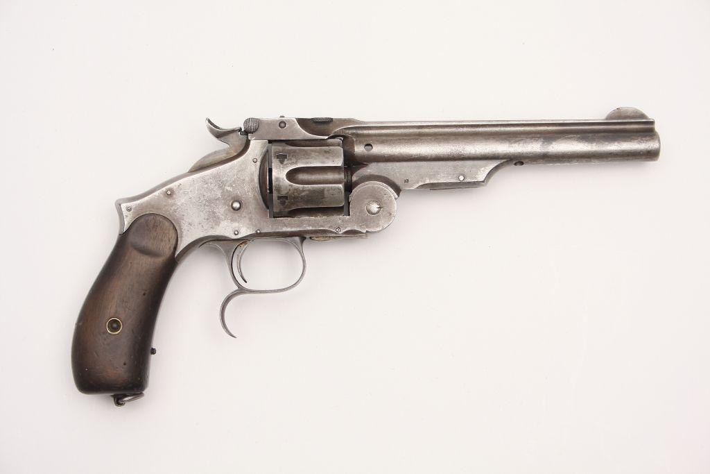 Rewolwer Smith&Wesson zdobyty na bolszewikach