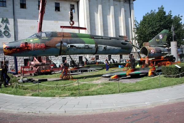 Samolot myśliwsko bombowy Su -22M4 Suchoj 22