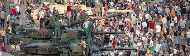 15 sierpnia: WIERNI POLSCE - Piknik Wojskowy (FOTORELACJA)