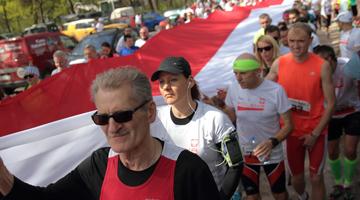 Bieg Flagi w Cytadeli Warszawskiej Majówka pod flagą biało – czerwoną