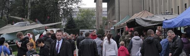 Dzień Spadochroniarza w Muzeum Wojska Polskiego - Park Plenerowy