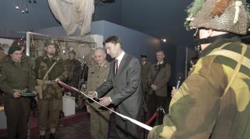 Otwarcie wystawy Zanim uderzył GROM, historia jednostek specjalnych i wojsk powietrzno-desantowych WP