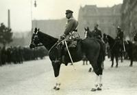 Fotografia, Marszałek Józef Piłsudski na Placu Saskim (1928 r.).