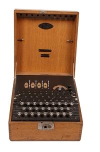 Niemiecka maszyna szyfrujące Enigma, wersja handlowa (XX w.).