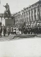 Pomnik księcia Józefa Poniatowskiego na Placu Saskim (l. 20. XX w.).