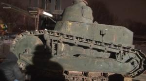 Czołg Renault FT 17 -- militarny unikat w Muzeum Wojska Polskiego